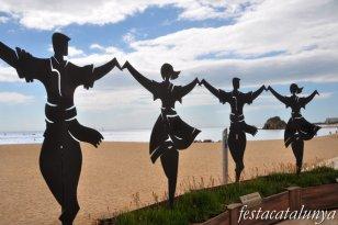 Blanes - Escultura La Sardana