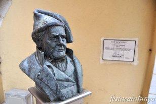 Blanes - Monument a l'Avi Bagué