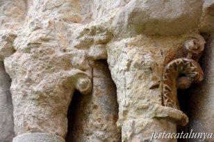 Navata - Església Vella de Sant Pere de Navata a can Miró