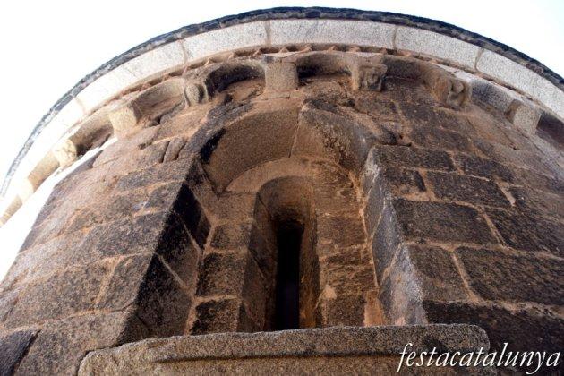 Maçanet de Cabrenys - Església de Sant Martí - Àbsis