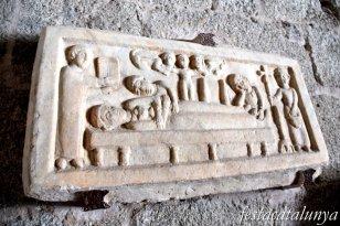 Maçanet de Cabrenys - Església de Sant Martí - Làpida sepulcral