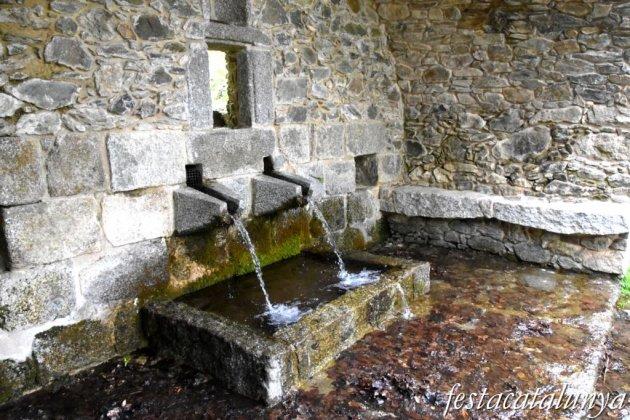 Maçanet de Cabrenys - Cova de Les Salines