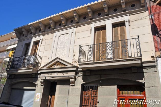 El Prat de Llobregat - Carrer Santiago Rusiñol - Cal Pati