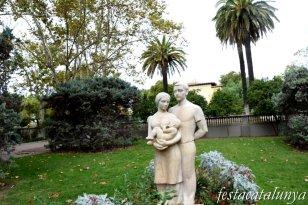 L'Hospitalet de Llobregat - Can Boixeres - Escultura La Família