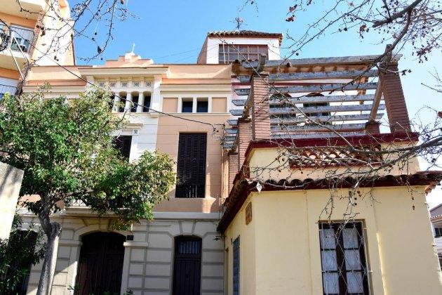 El Papiol - Casa Plaça Rafael Casanova