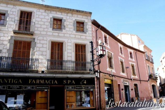 Mataró - Plaça de Santa Maria - Antiga farmàcia