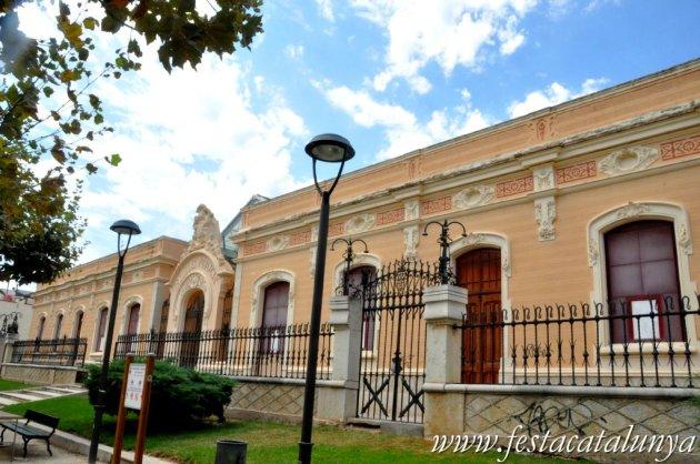 Amposta - Museu Comarcal del Montsià a les antigues escoles Miquel Granell