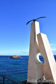 Tossa de Mar - Escultura sa Gavina