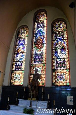 Molins de Rei - Vitralls de l'església de Sant Miquel Arcàngel - Capella Sant Isidre
