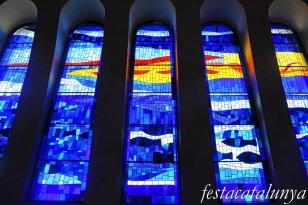 Molins de Rei - Vitralls de l'església de Sant Miquel Arcàngel - Vitralls de la façana