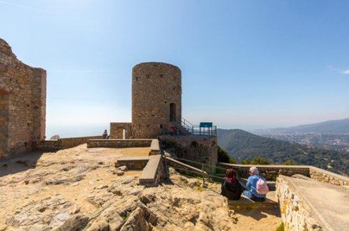 Cabrera de Mar - Els Secrets del Castell de Burriac (Foto: www.gaudeixcabrera.cat)