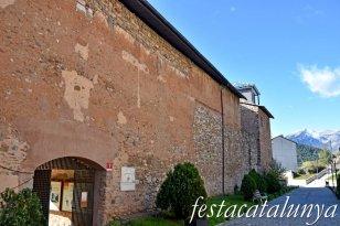 Bagà - Muralles i Torre Subirana