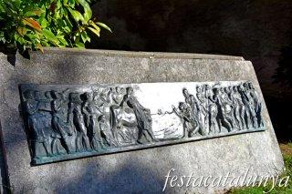 Bagà - Placeta del Rescat de les cent donzelles
