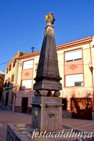 Blancafort - Nucli antic - Font de la Plaça dels Arbres