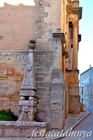 Blancafort - Nucli antic - Font de l'Església
