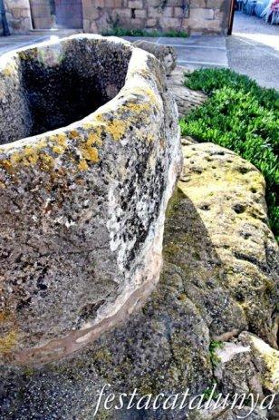Torrebesses - Plaça de la Vileta - Inscultures