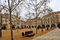Banyoles - Plaça Major