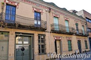 Banyoles - L'Eixample - Casa Pl. Perpinyà