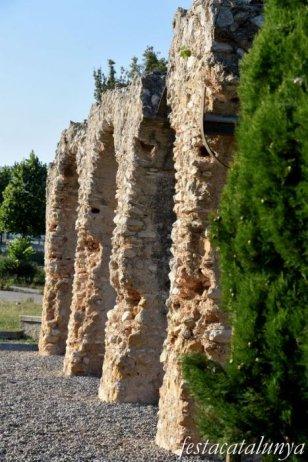 Sant Jaume dels Domenys - Aqüeducte romà dels Arcs