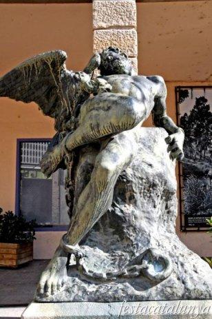 Igualada - Escultures urbanes - Prometeu encadenat