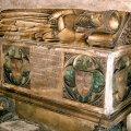 Sepulcre de l'abadessa Francesca de Saportella del monestir de Pedralbes ***