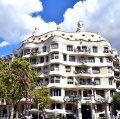 La Pedrera o Casa Milà de Barcelona ***