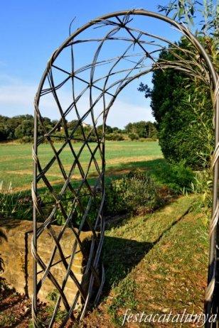 Folgueroles - Ermita de la Damunt - Jardins brins d'espígol