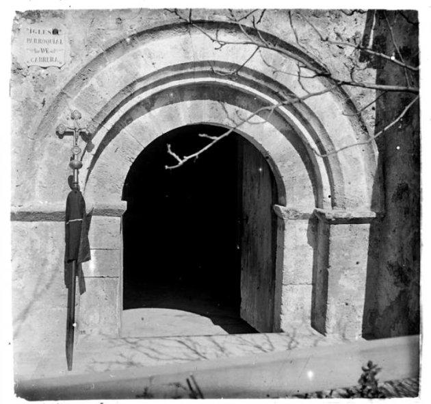 Cabrera d'Anoia - Capella de Sant Salvador del castell de Cabrera l'any 1915