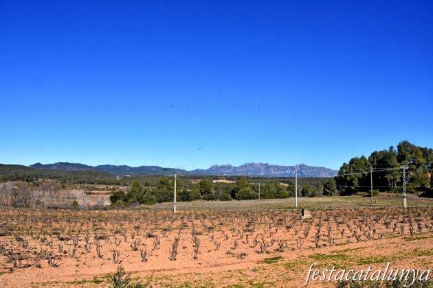 Cabrera d'Anoia - Vista de la muntanya de Montserrat