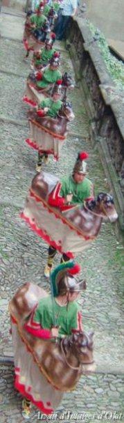 Olot - Festes del Tura (Foto: Josep Callís. Cercavila dels Cavallets. Arxiu d'Imatges d'Olot)