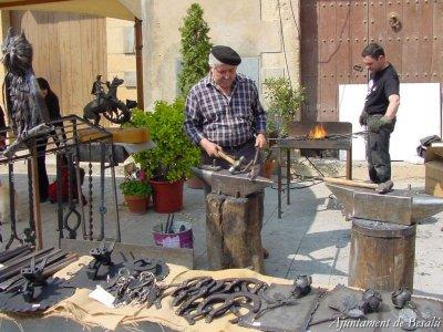 Besalú - Fira de Forjadors i Artistes del Ferro (Foto: Ajuntament de Besalú)
