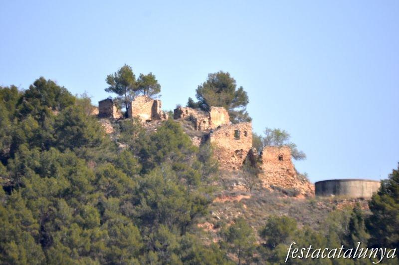 Castell d 39 aguilar fires festes oci i llocs per visitar for Piscina aguilar de segarra