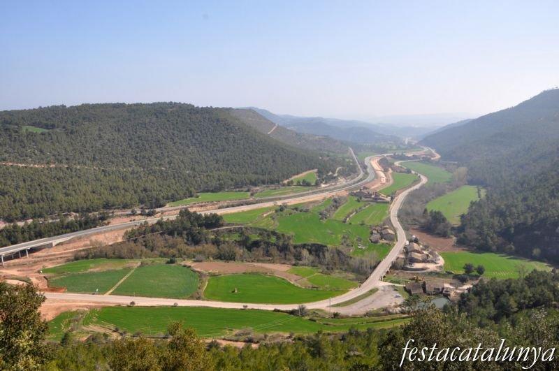 Castell de castellar fires festes oci i llocs per visitar for Piscina aguilar de segarra
