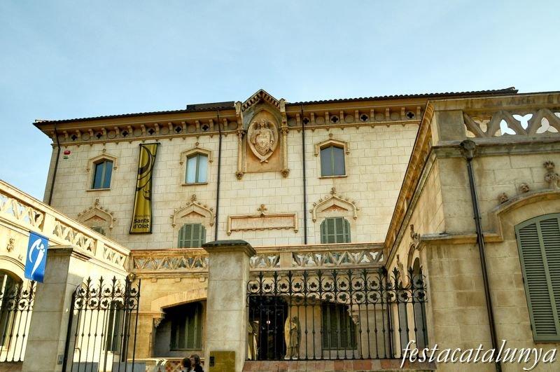 Museu dels sants a la casa vayreda d 39 olot fires festes - Tens casa olot ...
